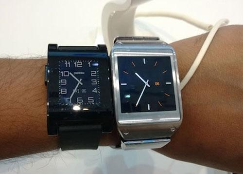 Смарт-часы: Samsung Galaxy Gear против Pebble Smartwatch - какие лучше - обзор - сравнение